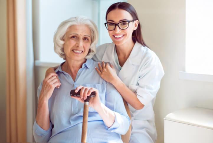 4 Risks Seniors Face when Living Alone